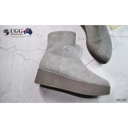 流畅鞋型 UGG 雪地靴 DK309